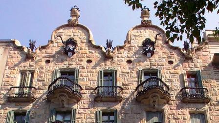 Casa Calvet de Gaudí, el inicio de su etapa naturalista