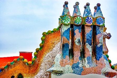 Chimeneas de la Casa Batlló en Barcelona