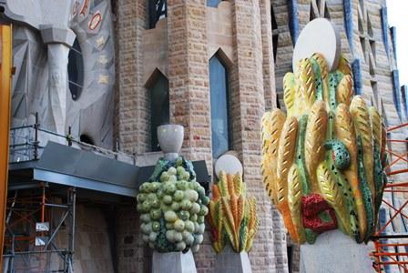 Detalles de los ornamentos desde la Torre del Nacimiento de la Sagrada Familia