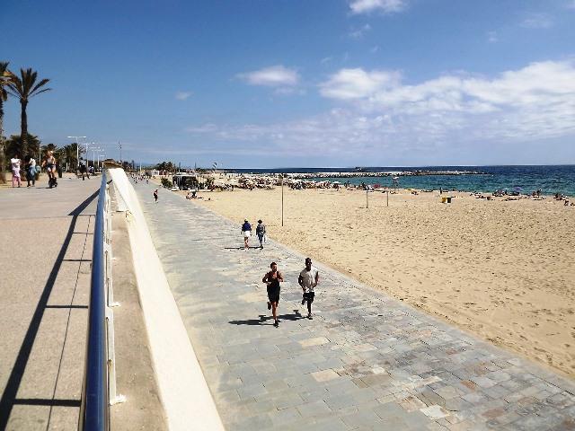 El paseo de la costa de Barcelona