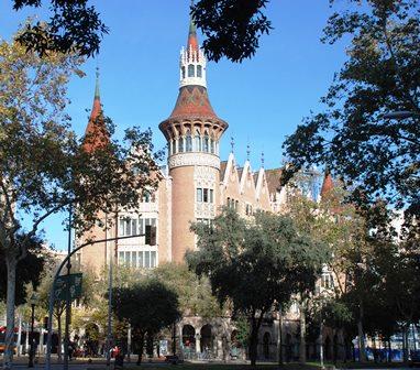 La Casa de les Punxes en el Paseo de Gracia de Barcelona
