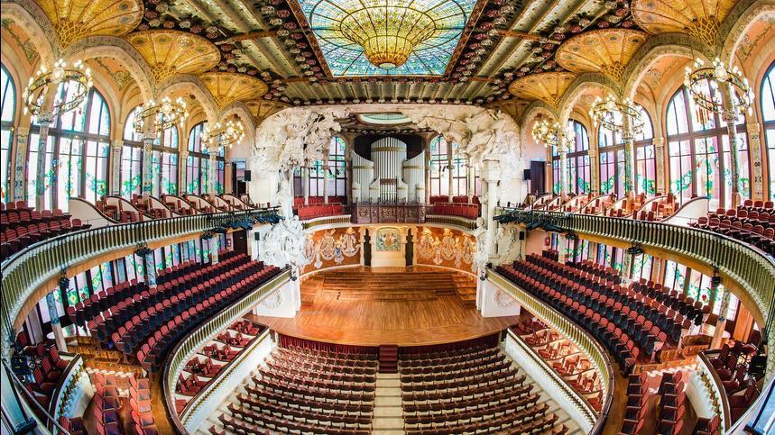 La preciosa Sala de Conciertos del Palau de la Música Catalana de Barcelona