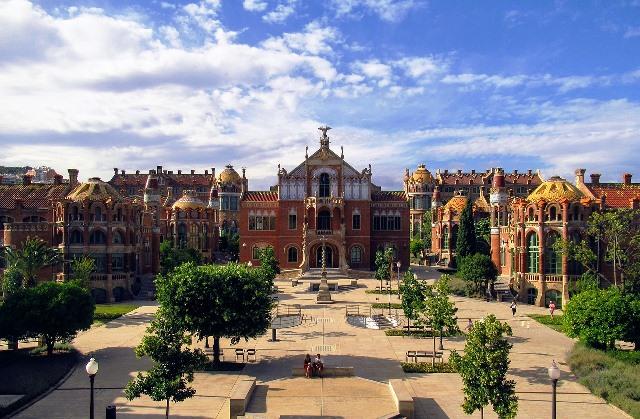 Recinto modernista de Sant Pau en Barcelona