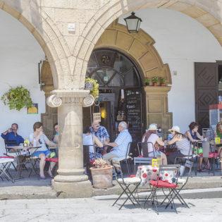 Restaurante Abrelatas en el Poble Espanyol de Barcelona