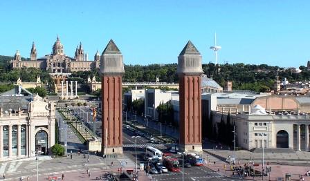 Vistas de Montjuic desde el Centro Comercial las Arenas