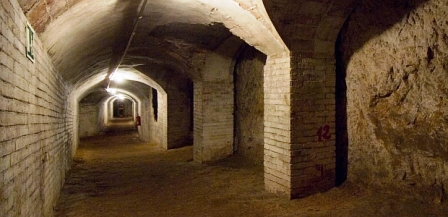 Refugio antiaéreo utilizado durante la Guerra Civil (MUHBA)