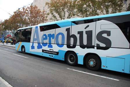Aerobús que une el centro de Barcelona con el aeropuerto del Prat