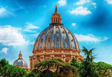 Cúpula de San Pedro diseñada por Miguel Ángel