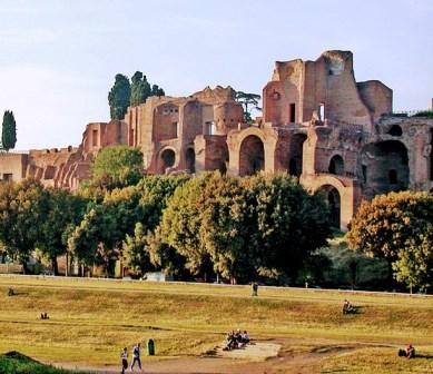Domus Augustana desde el Circo Massimo