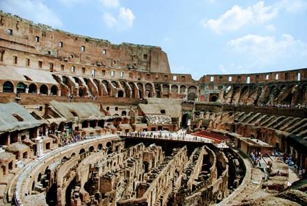 Espectáculos en el centro del Coliseo