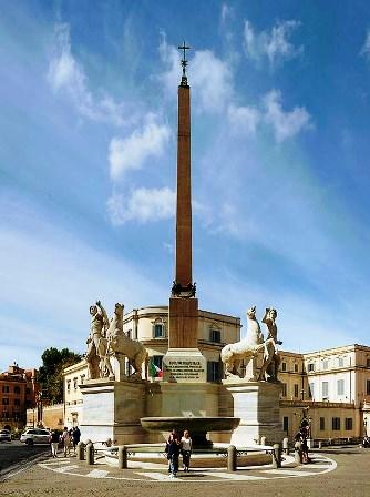 Fontana de Dioscuri en la Piazza del Quirinale