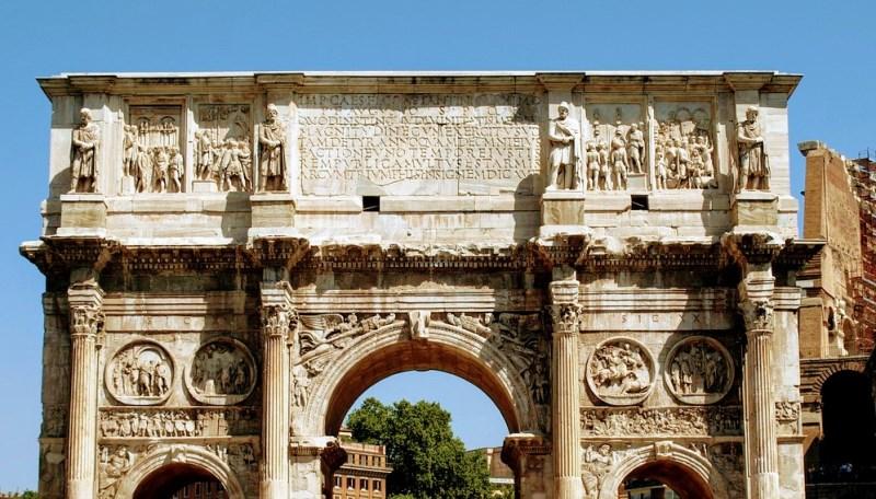 Inscripción en el Arco de Constantino