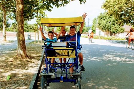 Divertido recorrido a pedales por Lucca