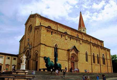 El enorme Dumo de Arezzo