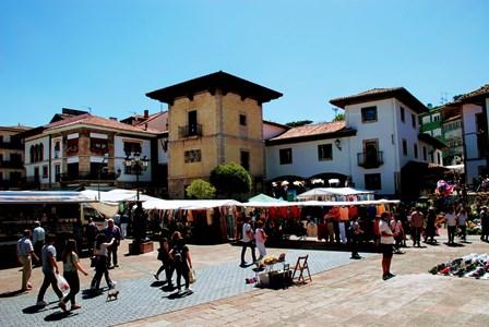 Mercado en Cangas de Onís