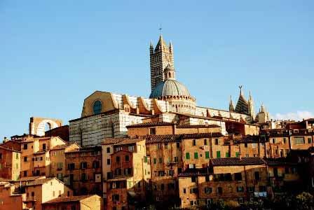 Panorámica de Siena con el Duomo en lo alto