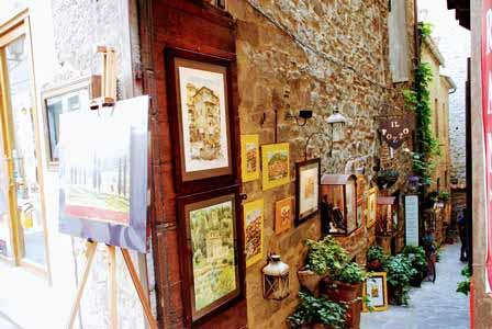 Pequeñas tiendas, decorados con mucho mimo en Cortona