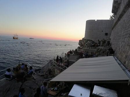 Bar Buza, en los acantilados de las murallas de Dubrovnik