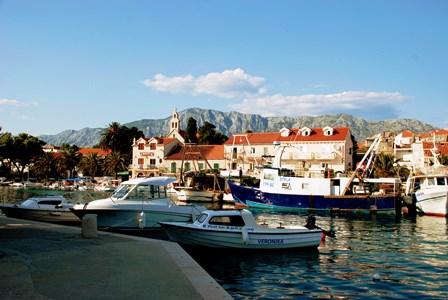 El pueblo de Sucuraj, donde se coge el ferry (Croacia)
