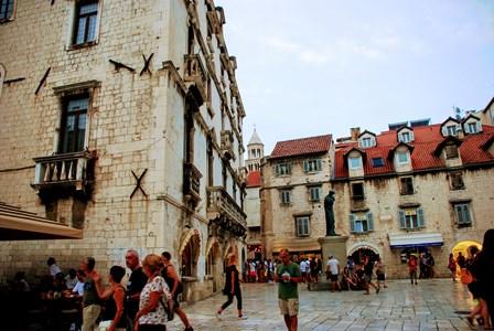 Plaza Blace Radic en el centro de Split (Croacia)