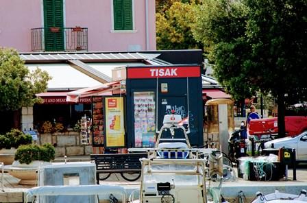 Tisak, kiosco para cambiar kunas y pagar OTA en Croacia