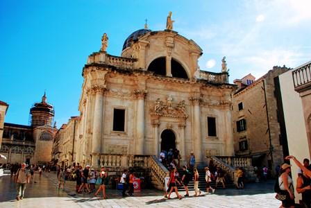 Iglesia de San Blas en la Plaza de Luža de Dubrovnik