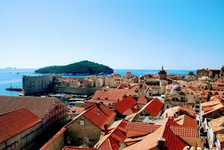 Vistas espectaculares de Dubrovnik, desde las murallas