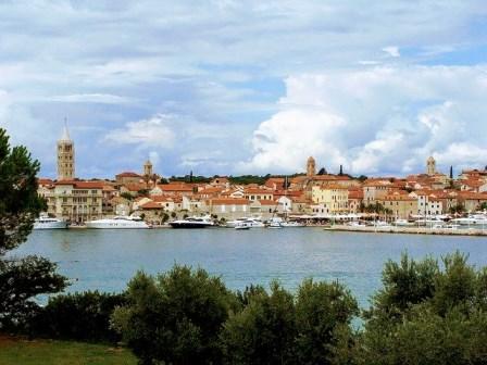 La preciosa isla de Rab en Croacia