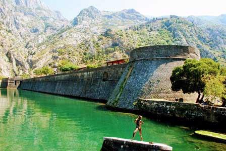 Torre de la Kampana y Ciudadela de Kotor (Montenegro)
