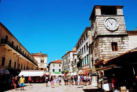Torre del Reloj, Palacio Ducal y Arsenal de Kotor, Montenegro