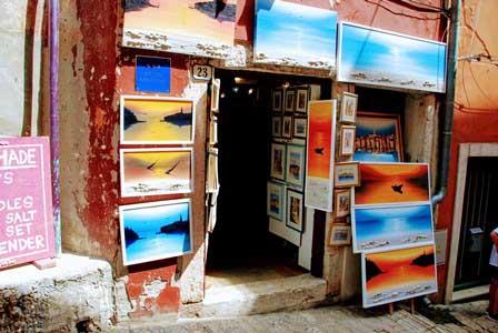 Bonitos cuadros en las galerías de arte de Rovinj (Croacia)