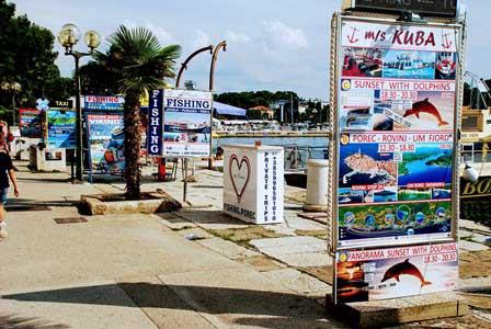 Excursiones en barco en el puerto de Porec (Croacia)