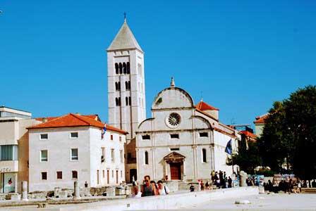 Iglesia de Santa María y el Museo de Arte Sacro de Zadar (Croacia)