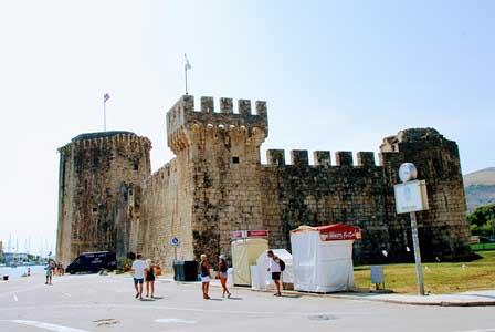 Castillo Kamerlengo, antigua resindecia del Gobernador de Venecia en Trogir (Croacia)