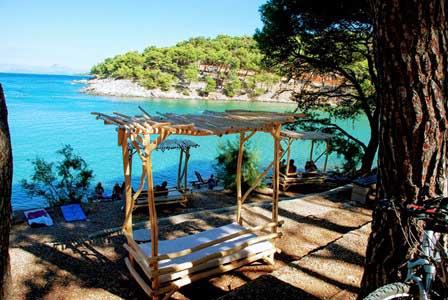 Playas en la Isla de Hvar (Croacia)