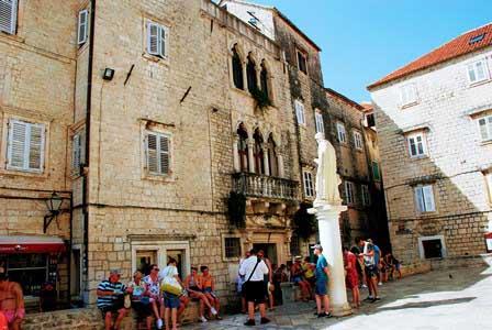 Palacio Cipiko de estilo veneciano en Trogir (Croacia)