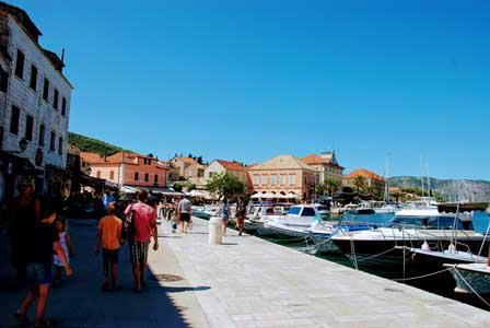 Viajar a la Isla de Hvar (Croacia)